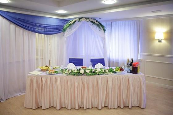 Ресторан Sun Flower-парк - фотография 13 - Свадебный банкет в ресторане Катерина Парк