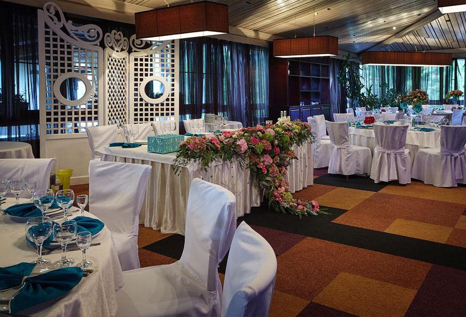 Ресторан Времена года - фотография 10
