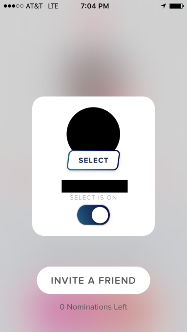 Спомощью такой кнопки можно изменить версию Tinder