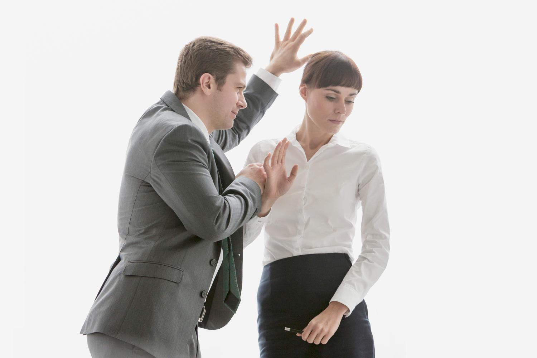 Что такое харассмент и как защитить себя от него