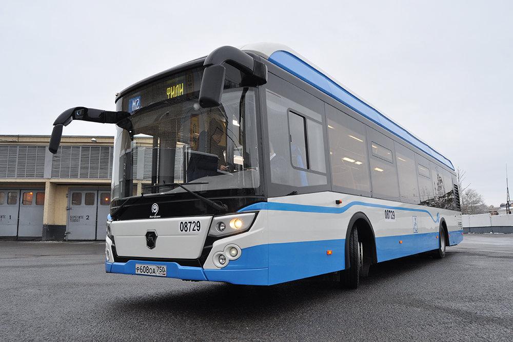 Сделанный в РФ электробус проедет поулицам столицы - пока «налегке»
