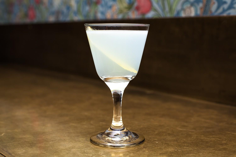 100 лет коктейльной культуры в 11 коктейлях