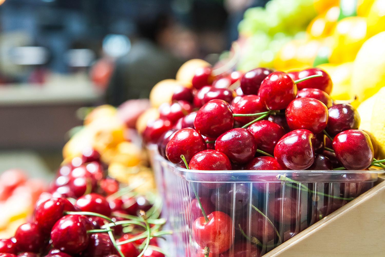 А теперь настоящий гид по черешне: сорта, цены и советы по выбору