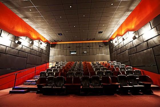 Цена билета в кино сибирский молл билеты в театр у перекупщиков