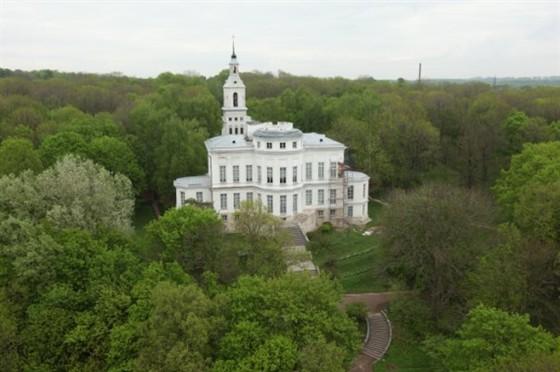 Музей-усадьба графа Бобринского