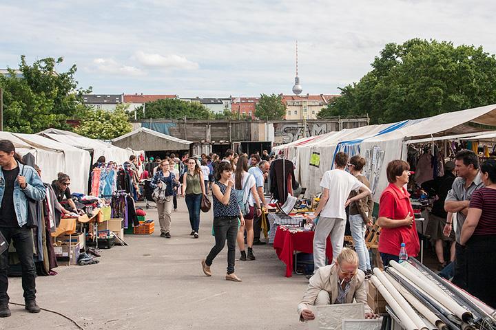 Блошиный рынок в Мауэр-парке был одним из источников вдохновения для московской «Ламбады»