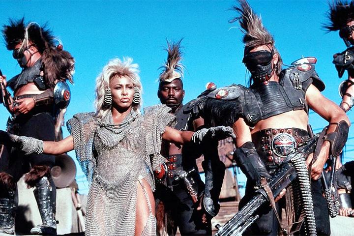 Тина Тернер и ее костюм в «Под куполом грома»
