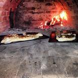 Ресторан Фаэтон - фотография 1 - Хачапури приготовленные в печи на дровах!