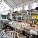 Ресторан La Marée - фотография 3 - Рыбная лавка