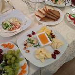 Ресторан Родник - фотография 5 - Сырная тарелка