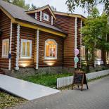 Ресторан Избушка Family Café - фотография 2 - ИЗБУШКА family