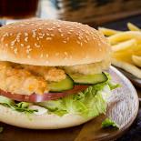 "Ресторан Jerry Wings - фотография 3 - Стрипс Бургер от ""Джерри Вингс"""