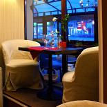 Ресторан Баловень - фотография 1 - Столик у окна