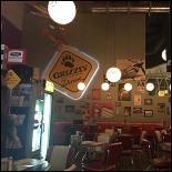Ресторан Grizzly Diner - фотография 4