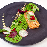 Ресторан Де Марко - фотография 4 - Нежнейший Тар-тар из лосося