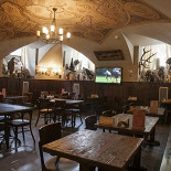 Ресторан St Peter's & St Anton - фотография 4 - Охотничий зал