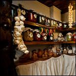Ресторан Мацони - фотография 1 - Домашняя лавка ресторана Мацони