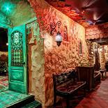 Ресторан Пив & Ко - фотография 6 - Вход в кальянную комнату.
