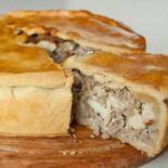 Ресторан Пироговский - фотография 5 - Мясной французский пирог-Pâté en croûte