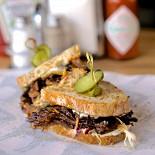 Ресторан BB & Burgers - фотография 2 - Сендвич с бычьим хвостом
