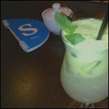 Ресторан Coffee Is - фотография 2 - яблочный лимонад... очень освежает