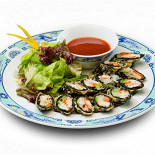 Ресторан Храм дракона - фотография 2 - Рулетики Нори с крабом