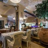 Ресторан La panorama - фотография 6 - Ресторан «La Panorama» создан с любовью к Италии – и к Вам. «La Panorama» знаменит не только своей аутентичной итальянской кухней