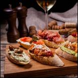 Ресторан Wino Bar - фотография 2