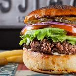 Ресторан Burgers & Bakery - фотография 1