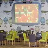 Ресторан Космик Мега Белая Дача - фотография 1
