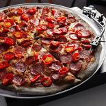 Ресторан Hell's Pizza - фотография 1