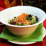 Ресторан Амиго Мигель - фотография 4 - Салат с маринованным кактусом