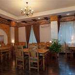 Ресторан Лестница - фотография 1 - Основной зал