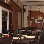 Ресторан Клевое место - фотография 1 - Зал кафе Клевое место