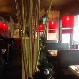 Ресторан Море суши - фотография 3 - Зона для курящих.