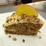 Ресторан Образ жизни  - фотография 3 - морковно-ореховый пирог с кремом из сыра филадельфия