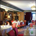 Ресторан Шато - фотография 2 - Зал ресторана