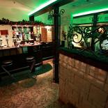 Ресторан Золотой телец - фотография 2 - Барная стойка