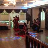 Ресторан Марракеш - фотография 3 - Равдекательная программа: Выступление цыганской группы.