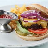 Ресторан Сварня - фотография 3 - Супер бургер