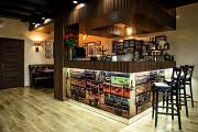 Aura Kitchen & Bar