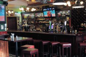 Paddy's Irish Pub & Eatery
