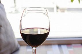 Хачапури и вино на Правды