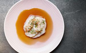 Где и какие блюда из сырой рыбы нужно есть в Москве