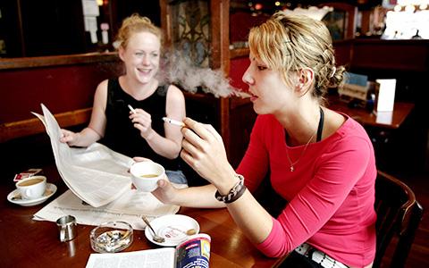 Как мы будем курить в ресторанах и барах после 1 июня