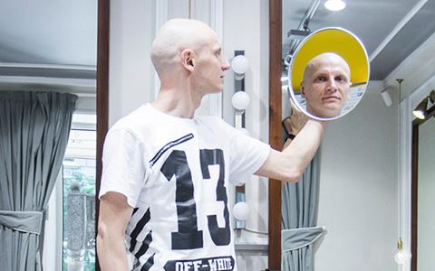 «Люблю лоск в лысине»: московские парикмахеры рассказывают о своих стрижках