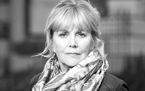 «Жизнь после жизни» Кейт Аткинсон: история кусает себя за хвост