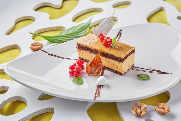 карамельный торт с шоколадным бисквитом (320 р.)