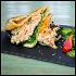 """Ресторан Timeout Rooftop Bar - фотография 5 - BarFood  Пита с камчатским крабом, древесными грибами и салатом """"чука"""""""