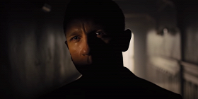 «Быть Джеймсом Бондом»: Apple TV выпустит документалку о создании фильмов про агента 007. Смотрим трейлер!